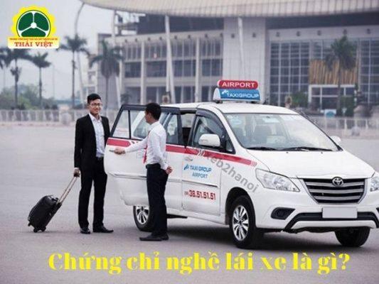 Chung-chi-nghe-lai-xe-la-gi